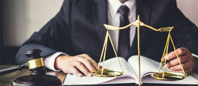 Is there a legal differentiation between medical malpractice and ordinary negligence?